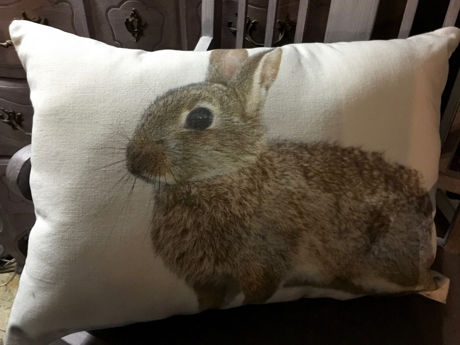 Coussin lin ancien, lapin