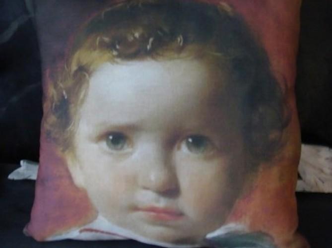 Coussin lin ancien portrait enfant XIXe