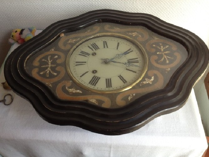 Horloge époque Napoléon III incrustation de nacre