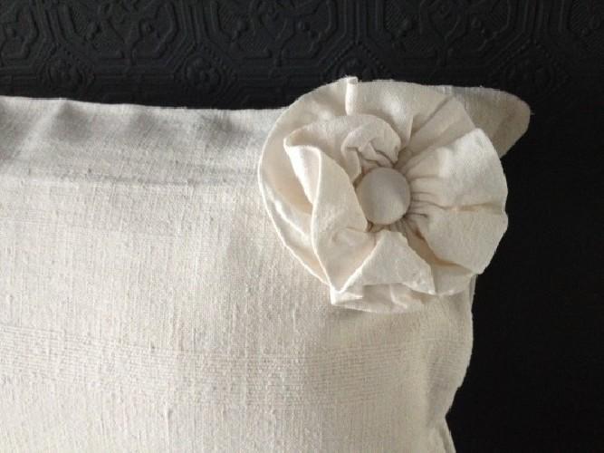 Coussin chanvre ancien blanchi