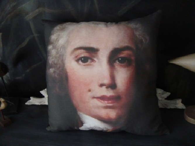 Coussin lin ancien autre portrait Farinelli