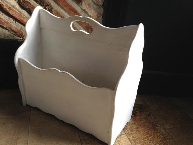 Porte revue style shabby patine blanche