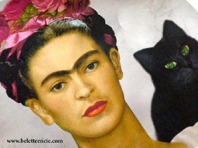 Coussin lin ancien portrait Frida Kahlo